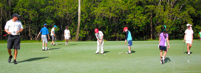 Junior golfers at Crandon Golf at Key Biscayne